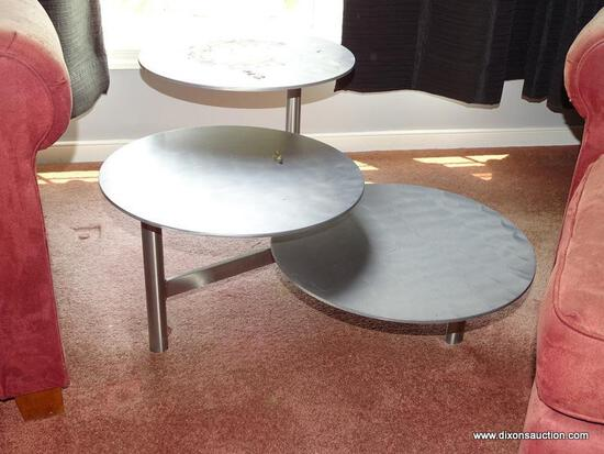 (DR) MODERN, 3-TIERED, METAL SIDE TABLE; HAS 3 ROUND OVERLAPPING TABLE TOPS WITH POLE LEGS AND A