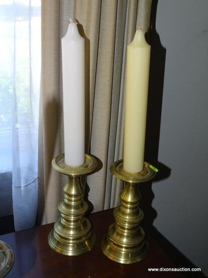"(LR) PAIR OF BRASS CANDLESTICKS; 2 PIECE SET OF 7.5"" BRASS CANDLESTICKS. COMES WITH 2 CANDLES."