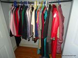 (DOLLRM) CLOSET LOT OF ASSORTED LADIES' CLOTHES; LOT TO INCLUDE CLOTHES FOR A PETITE WOMAN (SIZES