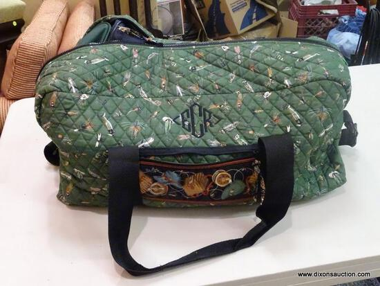 LOT OF ASSORTED BAGS; LOT TO INCLUDE A PAIR OF VERA BRADLEY TRAVEL BAGS WITH A FISHING HOOK