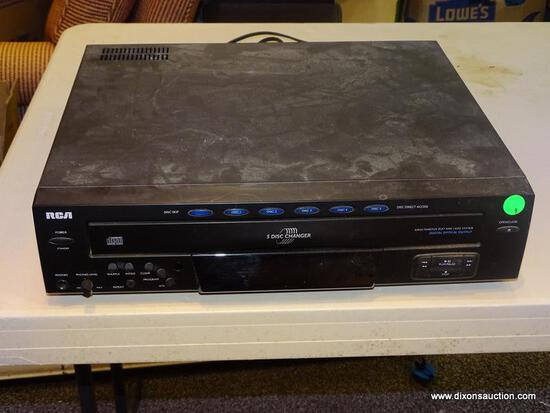 RCA CD PLAYER; 5 DISC CAROUSEL CHANGER STAND ALONE CD PLAYER. MODEL NO. RP-8070.