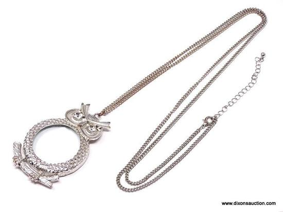 FABULOUS SILVER TONE OWL MAGNIFYING GLASS/JEWELRY LOUPE PENDANT NECKLACE. PRACTICAL AND VERSATILE,