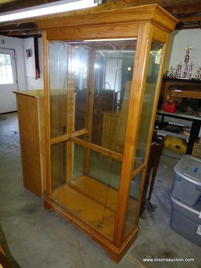 (GARAGE) DISPLAY CABINET; LARGE OAK DISPLAY CABINET WITH ETCHED FRONT GLASS AND 2 SIDE GLASS DOORS,