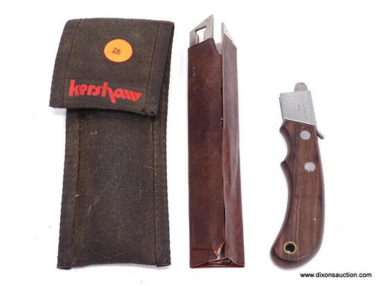 VINTAGE KERSHAW BY KAI BLADE TRADER WITH WOOD HANDLE AND 3 INTERCHANGEABLE BLADES. COMES IN BLACK