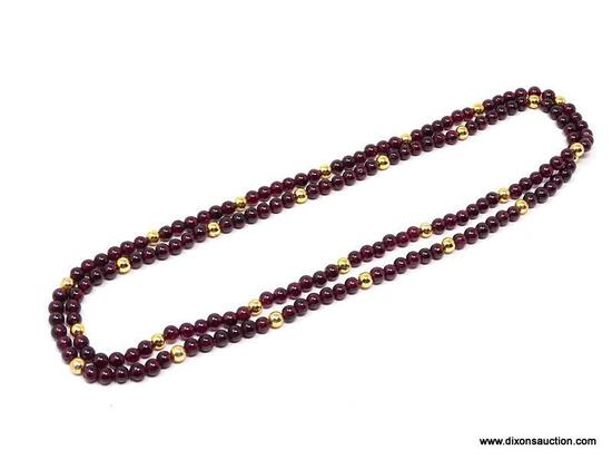 BEAUTIFUL VINTAGE GARNET GEMSTONE NECKLACE. FEATURES CONTINUOUS STRAND OF 5MM ROUND GARNET BEADS,