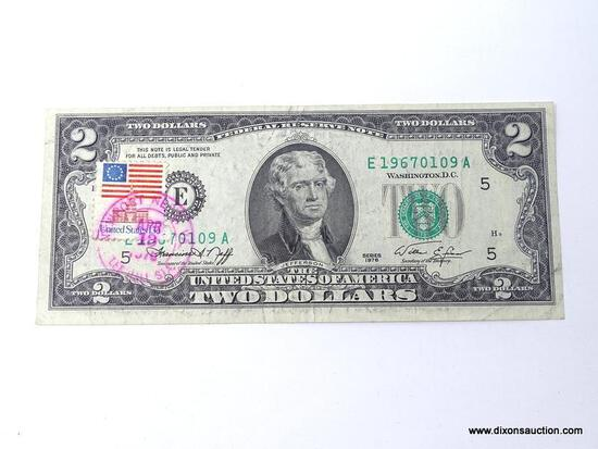 1976 TWO DOLLAR BICENTENNIAL NOTE WITH STAMP