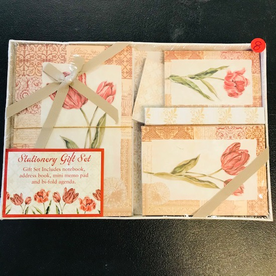 STATIONERY GIFT SET - NEW IN PACKAGE