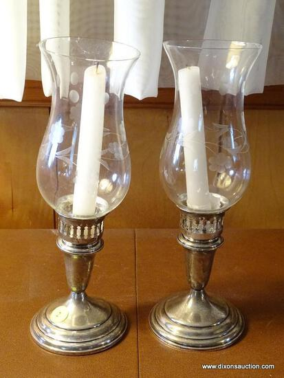 (FRM) STERLING SILVER; PR. TOWLE STERLING SILVER WEIGHTED CANDLE HOLDERS WITH ETCHED GLASS SHADES