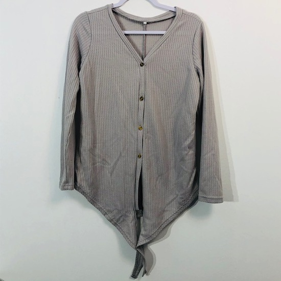 UNBRANDED LONG SLEEVE BUTTON UP TOP WAFFLE PATTERN GRAY WOMENS SMALL