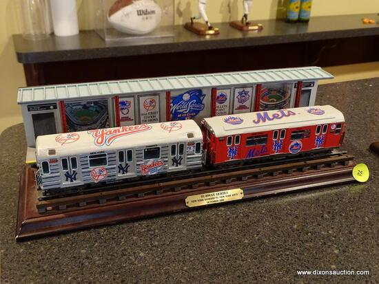 "(BAS) THE DANBURY MINT SUBWAY SERIES ""THE NEW YORK YANKEES VS NEW YORK METS"" OCTOBER 2000. MEASURES"