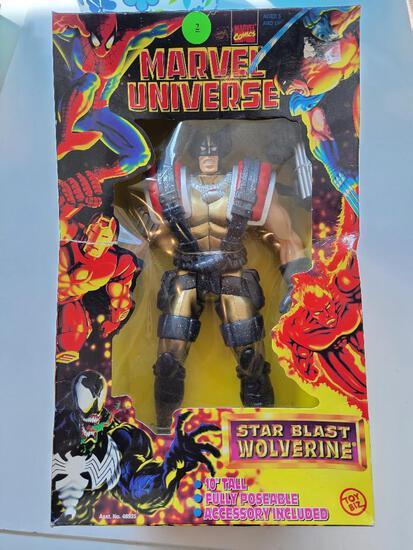 MARVEL UNIVERSE 1998 WOLVERINE FIGURINE IN BOX