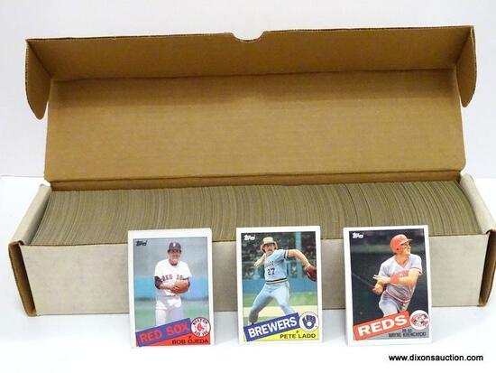 TOPPS 1985 BASEBALL CARDS LOOKS TO BE COMPLETE, WHITE BOX ITEM IS SOLD AS IS WHERE IS WITH NO
