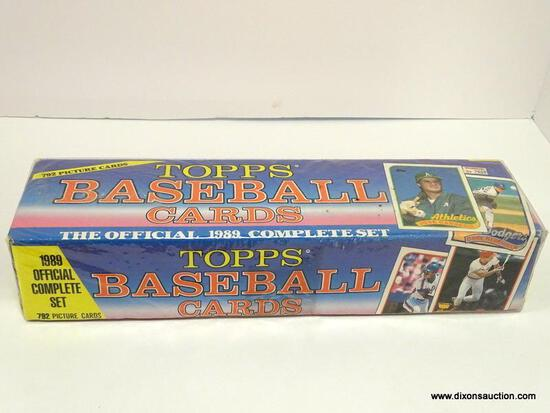 OFFICAL 1989 COMPLETE SET OF TOPPS BASEBALL CARDS STILL IN ORIGNAL PLASTIC, 792 CARDS INCLUDES