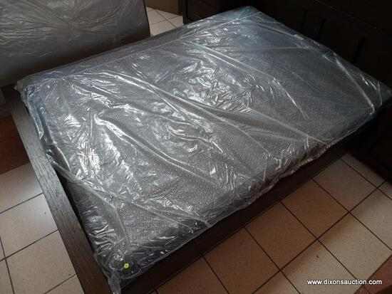 BRAND NEW IN PLASTIC QUEEN SIZE BOXSPRING. ITEM IS SOLD AS IS WHERE IS WITH NO GUARANTEES OR