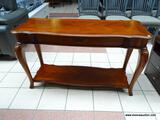 CHERRY CONSOLE/SOFA/HALL TABLE WITH SCALLOPED EDGING, A SINGLE DRAWER, AND A LOWER SHELF. MEASURES