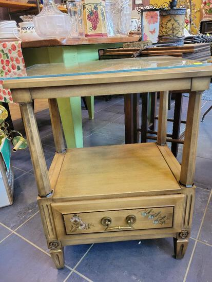 """SOLID WOOD FRENCH INFLUENCED SIDE TABLE - 20""""w x 14""""d x 27""""h WITH GLASS TOP"""