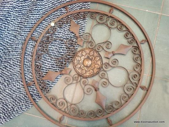"""ROUND METAL AND WOOD WALL ART 28"""""""