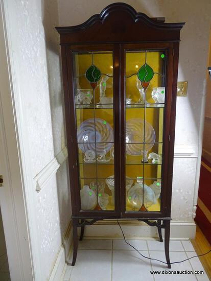 (FOYER HALL) ANTIQUE MAHOGANY DISPLAY CABINET WITH STAINED GLASS DOORS AND GLASS SHELVES-30 IN X 12
