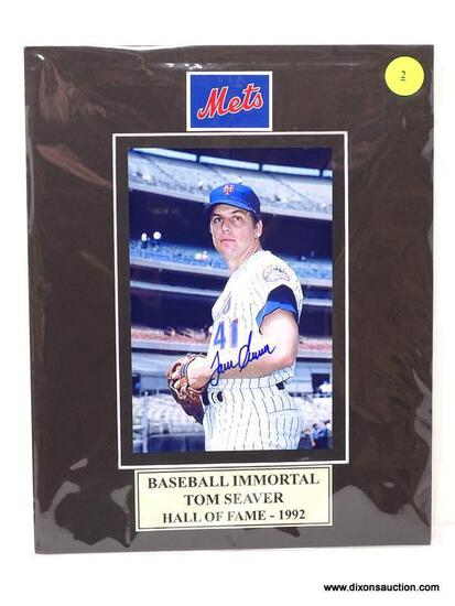 """""""BASEBALL IMMORTAL"""" TOM SEAVER HALL OF FAME (1992) SIGNED PHOTOGRAPH WITH MATTING. MEASURES 8 IN X"""
