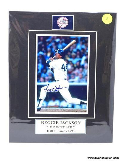 """REGGIE JACKSON """"MR. OCTOBER"""" HALL OF FAME (1993) SIGNED PHOTOGRAPH WITH MATTING. MEASURES 8 IN X 10"""