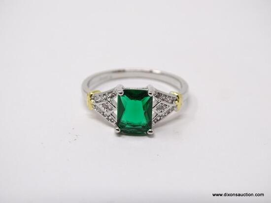 .925 STERLING SILVER LADIES 1 1/2 CT CHATAM EMERALD COCKTAIL RING. SIZE 8.