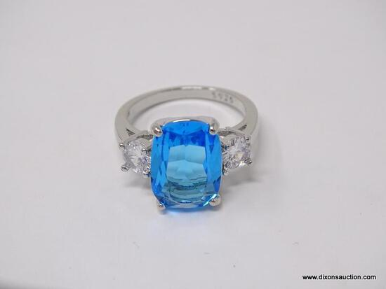 .925 STERLING SILVER LADIES 7 CT BLUE TOPAZ RING. SIZE 8.