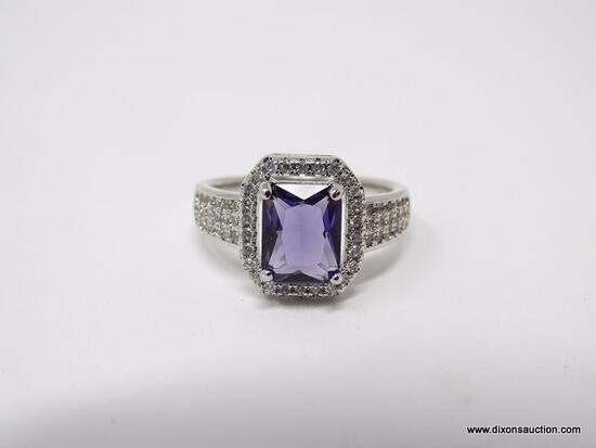 .925 STERLING SILVER LADIES 2 1/2 CT AMETHYST RING. SIZE 8.