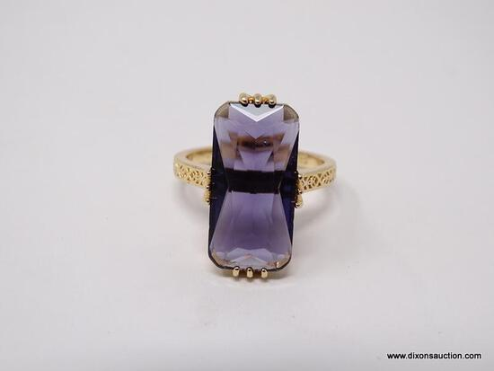 .925 STERLING SILVER LADIES 6 CT AMETHYST RING. SIZE 8.