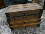 (R1) ANTIQUE STEAMER TRUNK WITH THE NAME