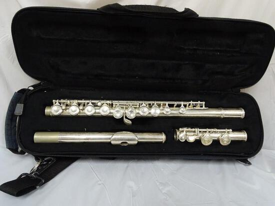 (SC) JEAN BAPTISTE FLUTE WITH HARD CASE. ITEM IS SOLD AS IS WHERE IS WITH NO GUARANTEES OR WARRANTY.