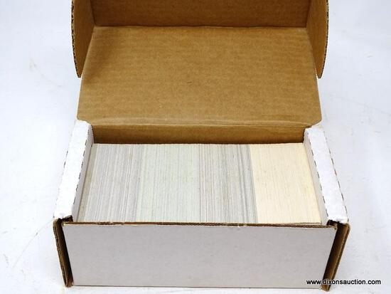 1991 SCORE 1 SET OF BASEBALL CARDS. ARE IN PROTECTIVE BOX. BOX APPEARS TO BE FULL. ITEM IS SOLD AS