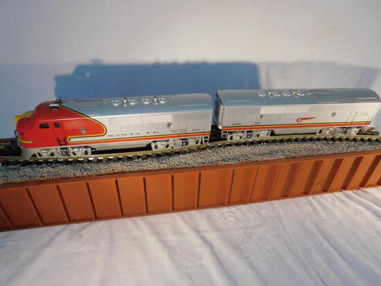 Lionel No. 6-18128 and 6-18129 2343 and 2343C Santa Fe F-3 Diesel Locomotive