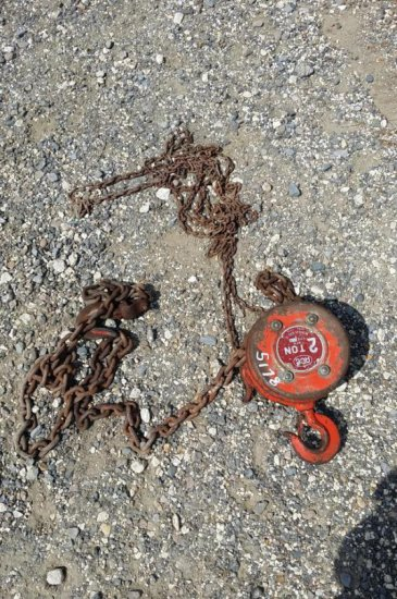 2 - Ton Chain Hoist