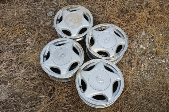 14 in. Hyundai Rims