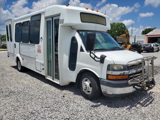 2011 Chevrolet Goshen Coach GC11 Bus