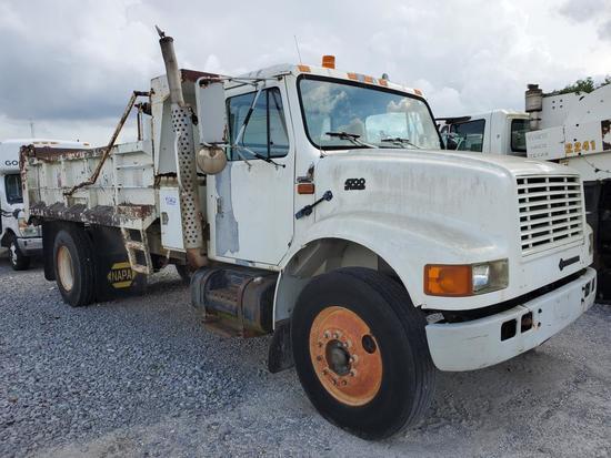 1996 International 4700 4X2 Dump Truck