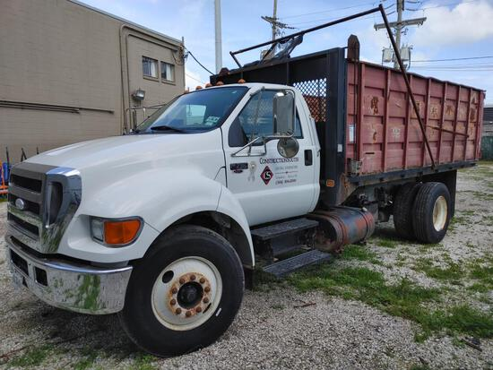 2007 Ford F750 Single Axle Dump Truck (OFFSITE)