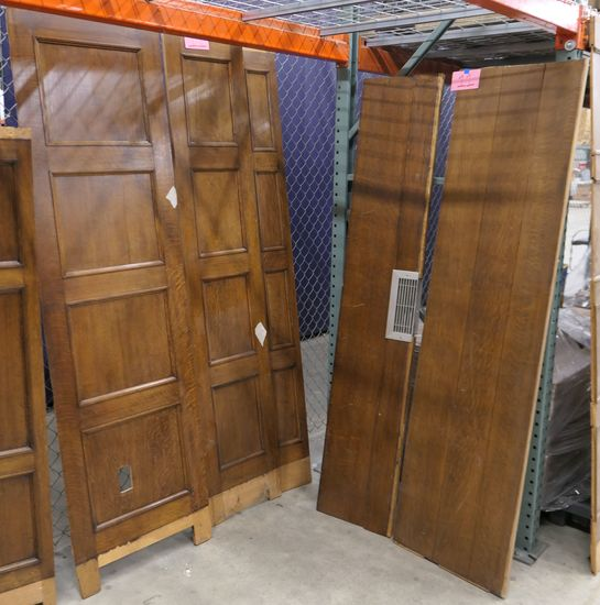 LOT 11: Antique Oak Wall Paneling: 5 pieces.