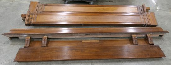 LOT 19: Decorative Antique Wood Columns & Molding/Edging