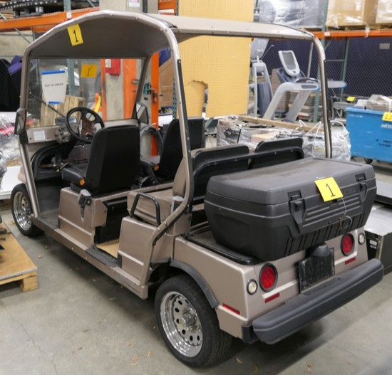 Low Speed Electric Vehicle: 2003 Columbia Summit 4