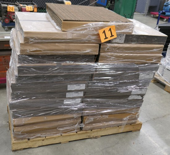 Carpet tile: 25 Boxes on 1 Pallet