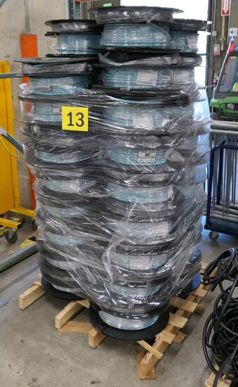 Fiber Optic Cable: Corning. Items on pallet.
