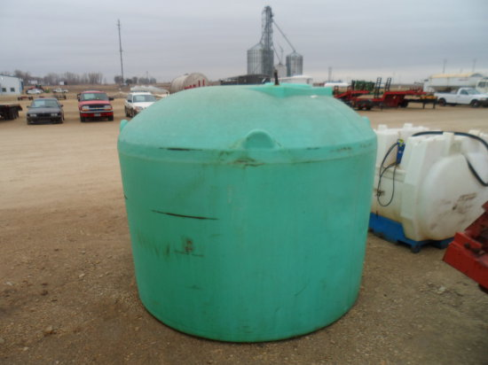 1500 gal. Water Tank