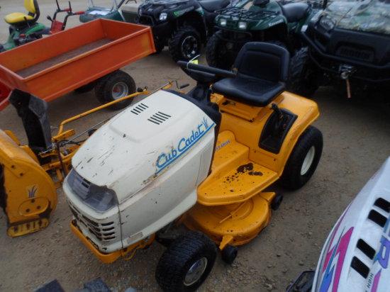 2146 Cub Lawn Mower, 14hp 38'' deck , Hydro, Shaft Drive, Snowblower, chains, weights,