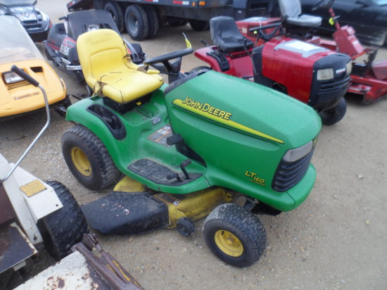 John Deere 160 Lawn Mower 46'' Deck