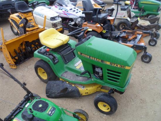 John Deere STX 30 Lawnmower
