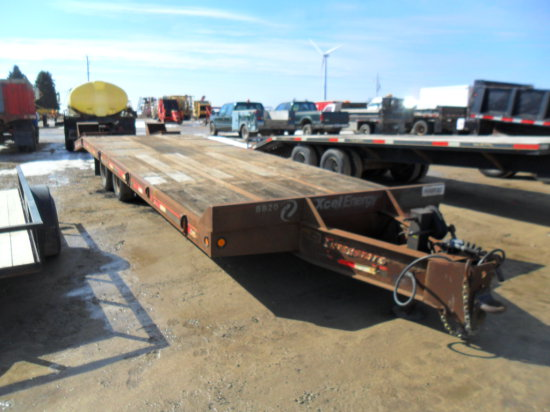 2002 Interstate 24ft Deck Over Trailer, Beaver Tail w/Ramps, 2 speed Jacks