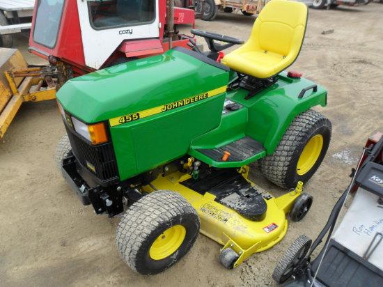 John Deere 455 lawnmower, 900 Hours, 60'' Mulch Deck, Reconditioned