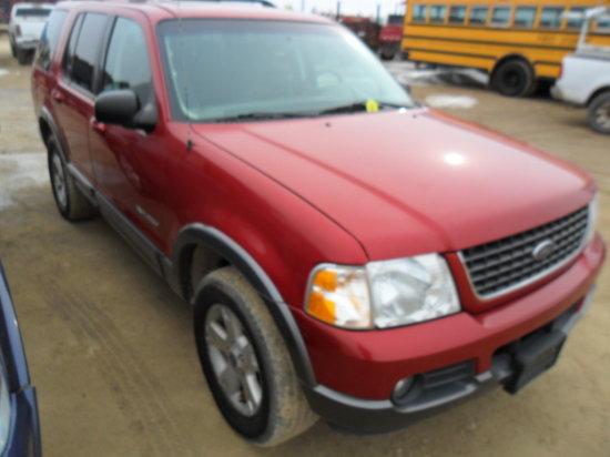 2002 Ford Explorer XLT 4x4 , V6 , auto trans, 215,000 miles