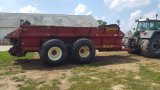 '08 Meyer 8865 tandem axlx rear discharge manure spreader, newer frame bushings and tires